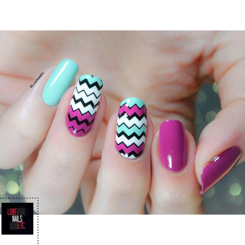 Zig-Zag Mint green & pink nail art by Love Nails Etc