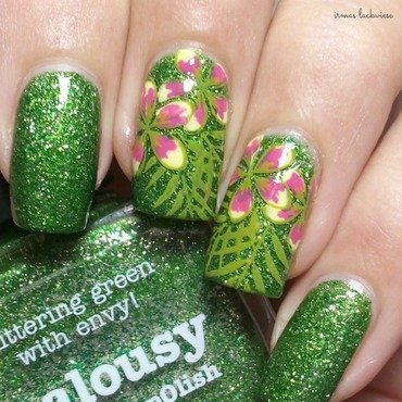tropical flower stamping nail art by irma