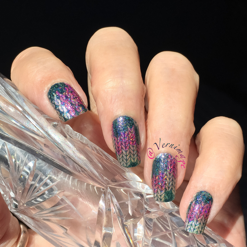 Knit and Purl nail art by Vernimage
