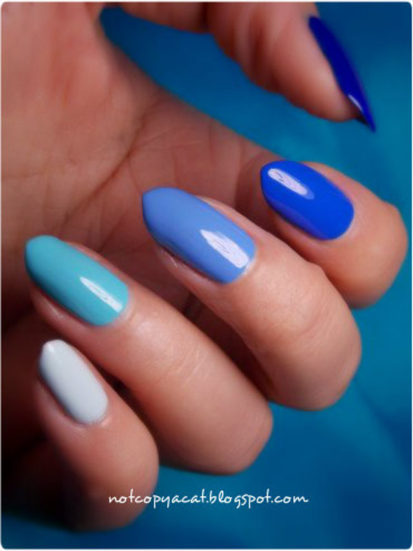 Ombre nails in blue nail art by notcopyacat