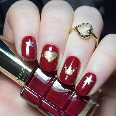 Hearts & Crowns nail art by nailicious_1