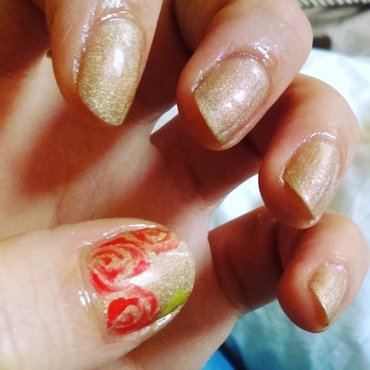 Golden nails with hand painted flowers nail art by Ro Ags