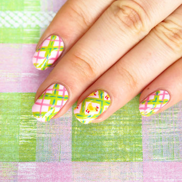 Easter plaid nails and cute chicken nail art by theCieniu
