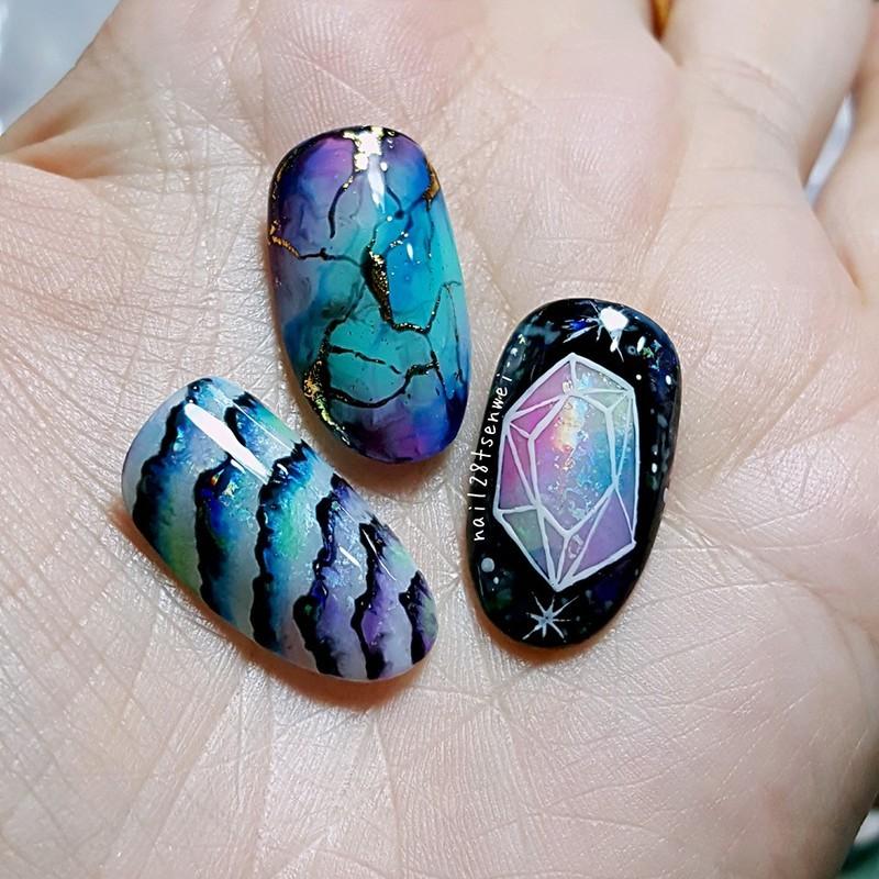 stone nail nail art by Weiwei