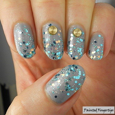 Glitter #5minutenailart nail art by Kerry_Fingertips