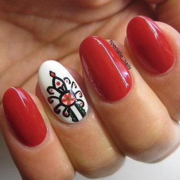 Folk pattern nail art by specialle