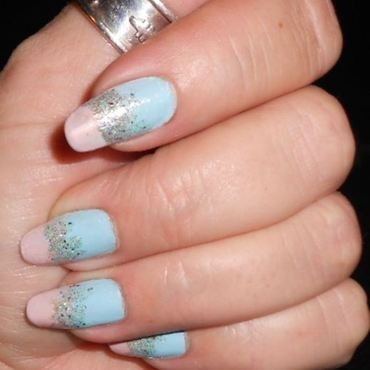 Summer soft nail art by Maureen Spaulding