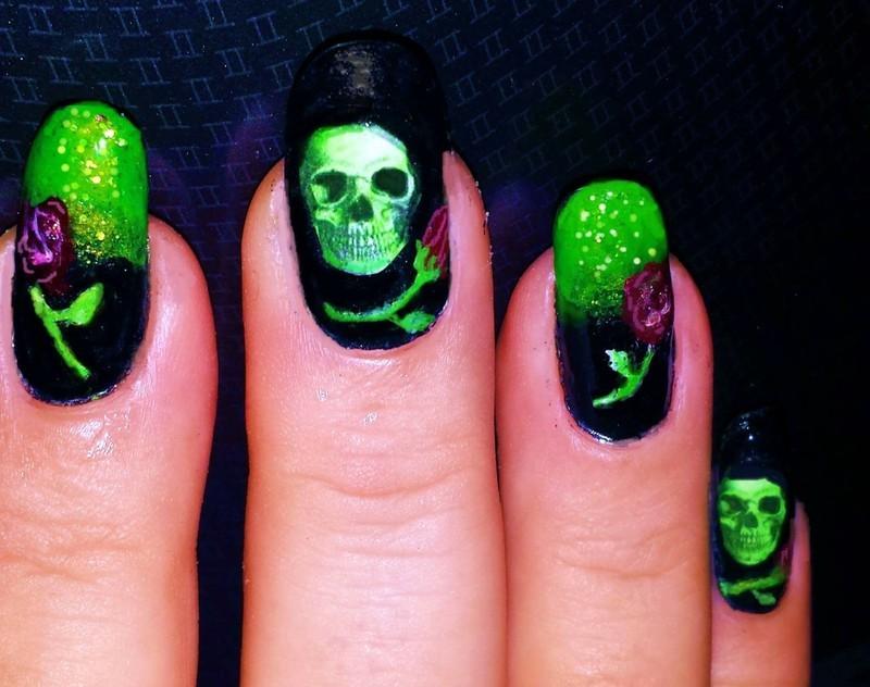 Halloween Skulls and roses nail art by Maureen Spaulding