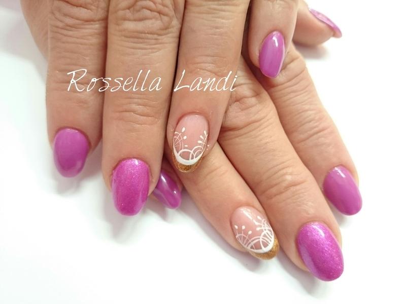 Violet spring nail art by Rossella Landi