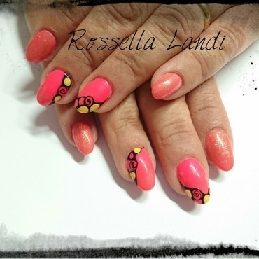 Happy nails nail art by Rossella Landi