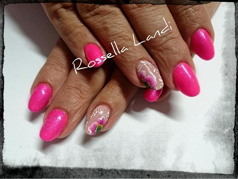 One-stroke nail art by Rossella Landi