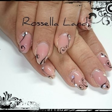 Nude look nail art by Rossella Landi