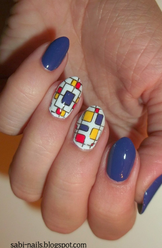 Day 16: Geometric nail art by Sabina