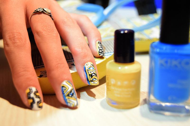 Blue & Yellow Aztec nail art by i-am-nail-art