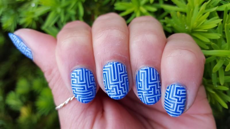 Blue and White Maze nail art by Alisha Worth