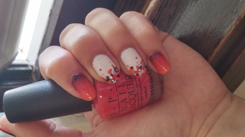 dots and gardient nail art by Maya Harran