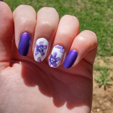 spring flowers nail art by Maya Harran