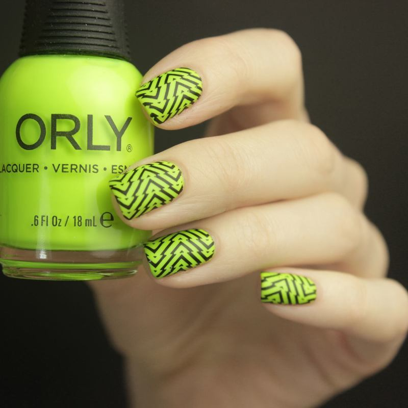 Neon  nail art by Tine