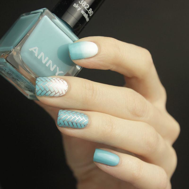 Sky blue nail art by Tine