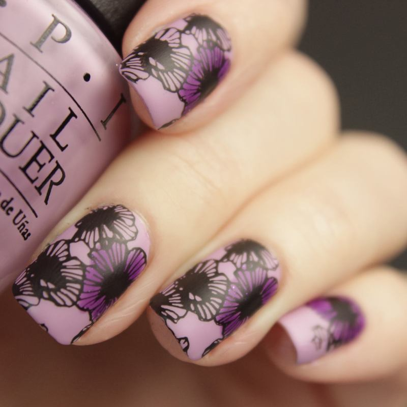 Flowers nail art by Tine