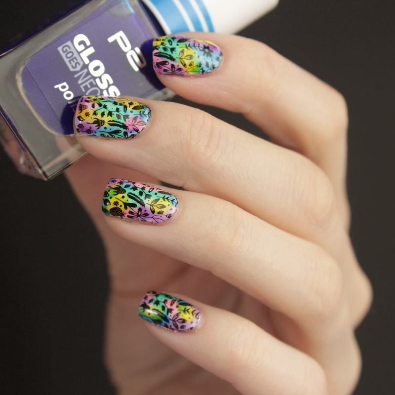 Rainbow Nails nail art by Tine