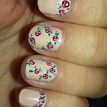 Floral Spring Nails nail art by Sophie Mácsay
