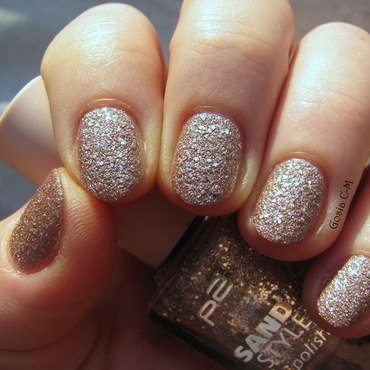 P2 Sand Style 070 pretty Swatch by Nail Crazinesss