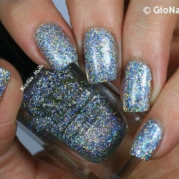 F.U.N Lacquer 24 Karat Diamond Swatch by Giovanna - GioNails
