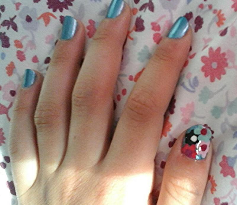 fascinating floral nail art by myla murray