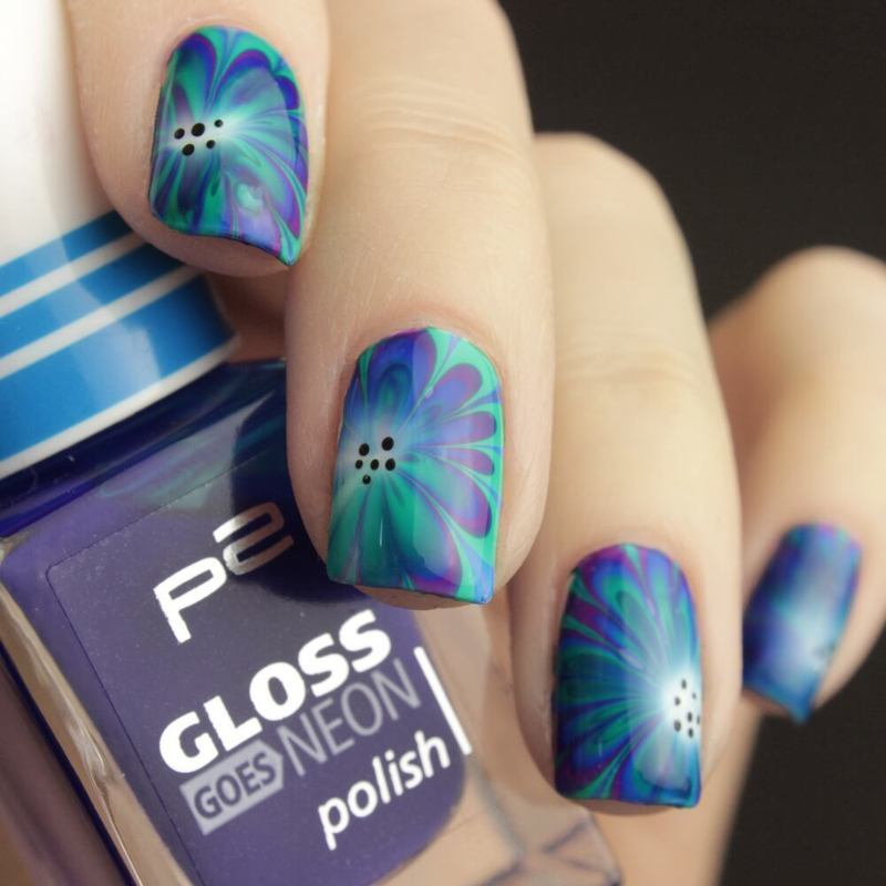 Water Marbling nail art by Tine