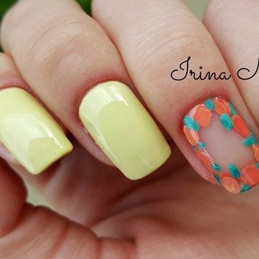 Spring manicure with flowers nail art by Irina Nail