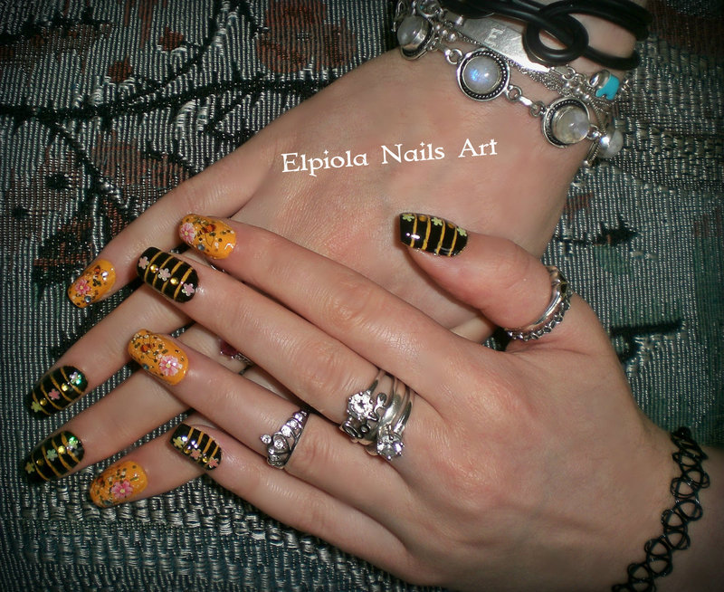 Bee Nails nail art by Elpiola Lluka