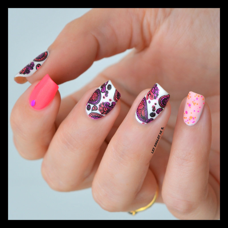 Paisley nail art by Les ongles de B.
