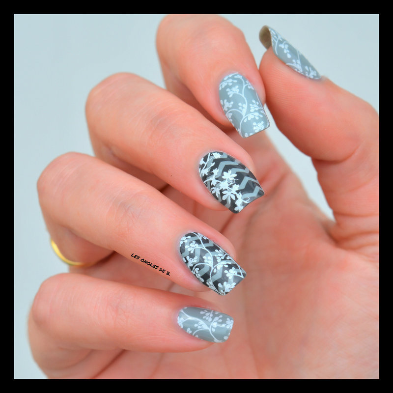White & Grey nail art by Les ongles de B.