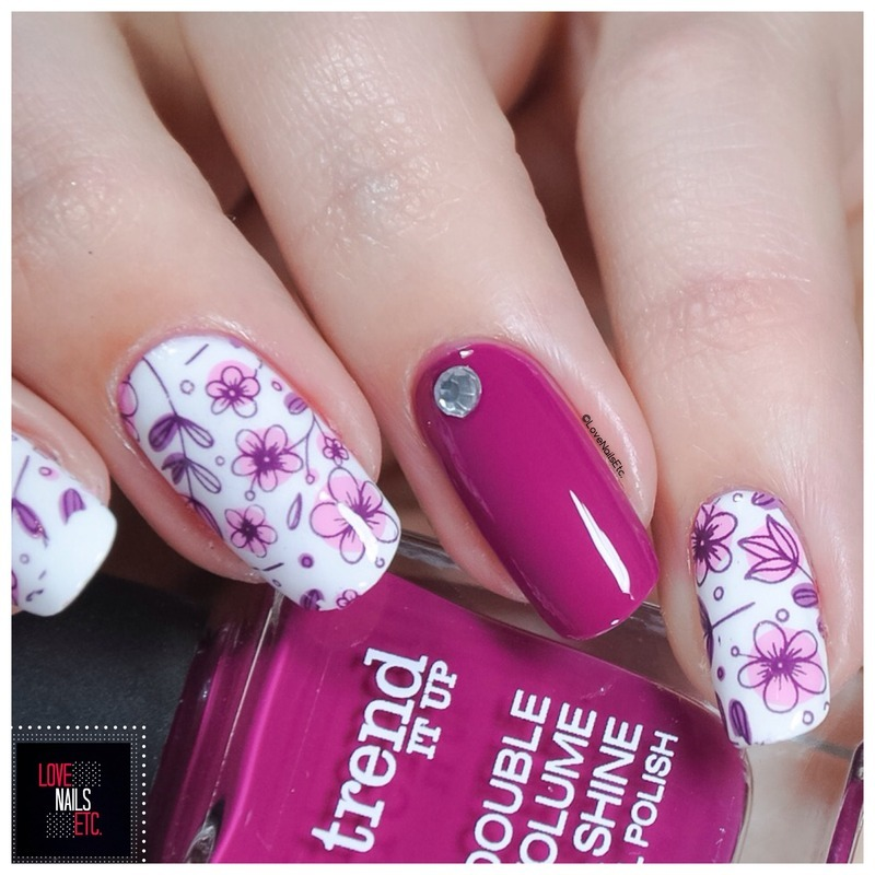 Flowered nail art by Love Nails Etc