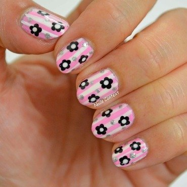 Pink Floral Nails nail art by NailsContext