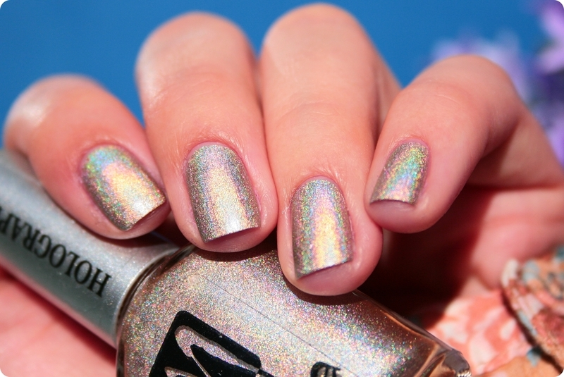 Moyra Holographic 252 Infinity Swatch by Romana