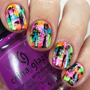 Neon dry brush nail art by Lindsay