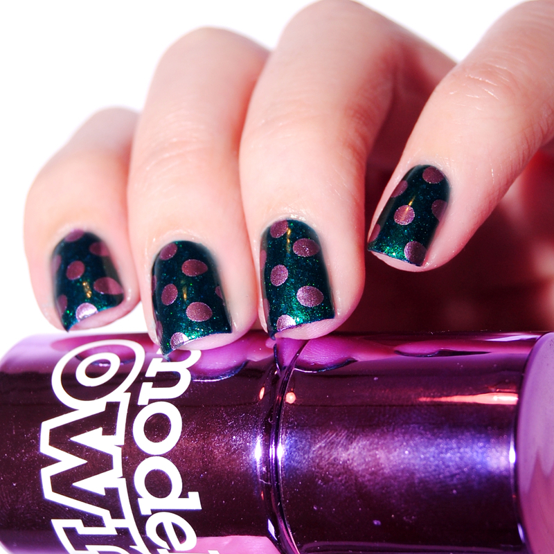Purple Dots nail art by Lackopfer