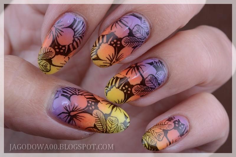 summer breeze nail art by Jadwiga