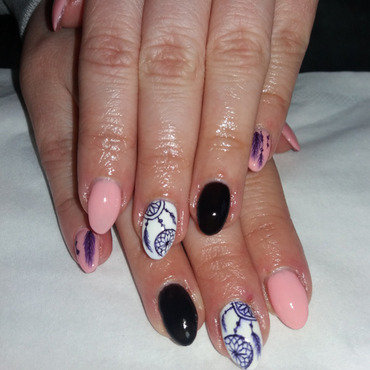 Dreamcatcher, feathers nail art by Magda