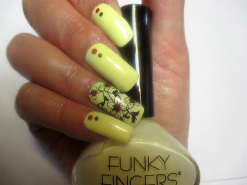 Solar Magic nail art by NinaB