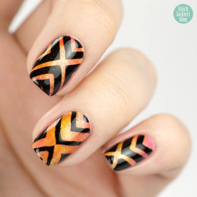 Tape Nailart nail art by Steffi Frischlackiert