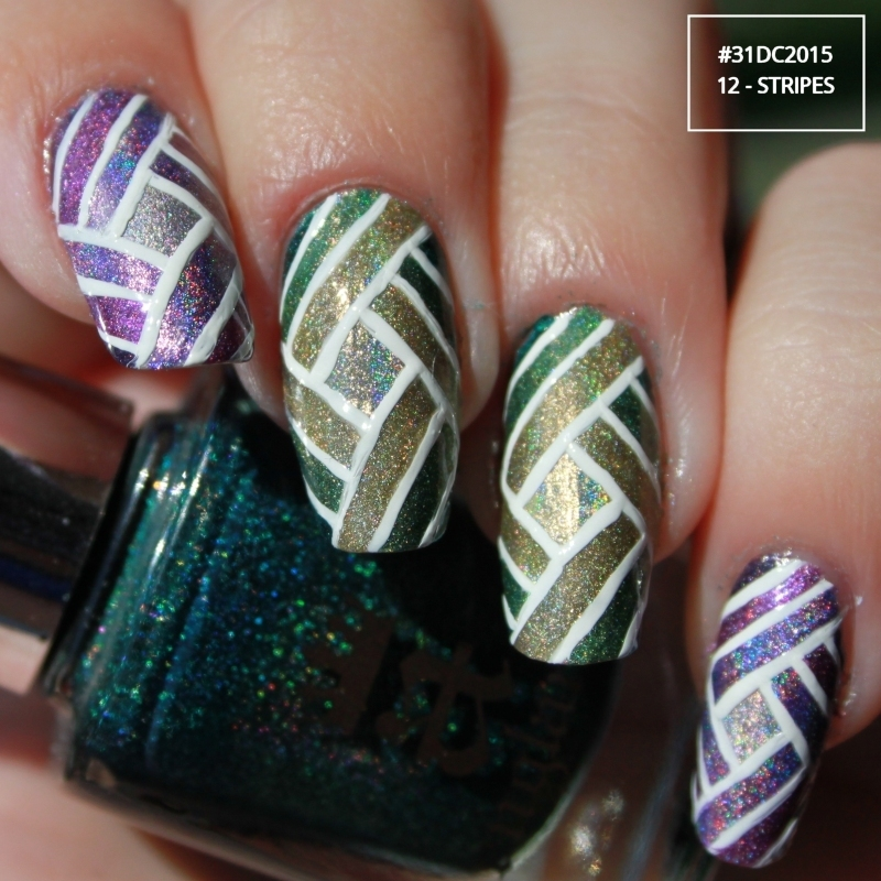 Stripe nail art by Lin van T