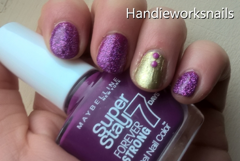 pink and gold for summer nail art by Sazjay