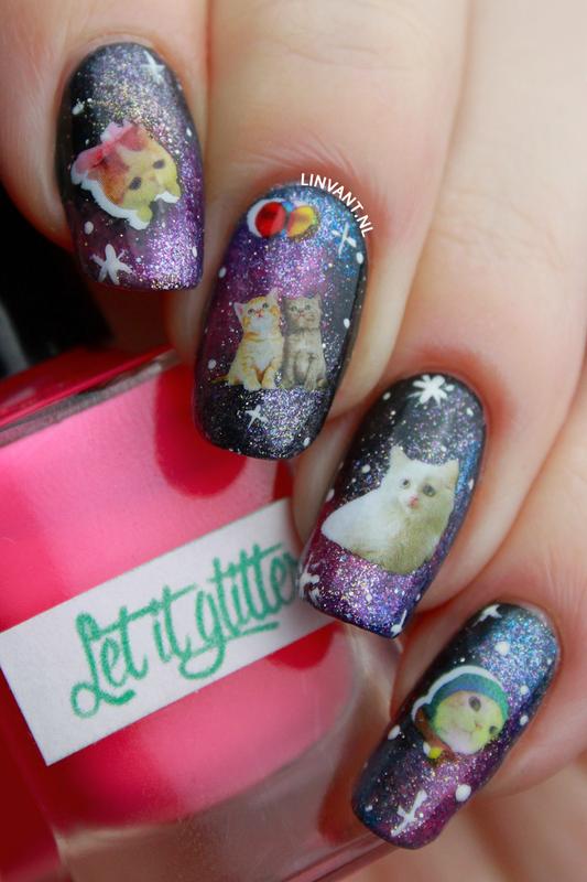 Space Cats nail art by Lin van T