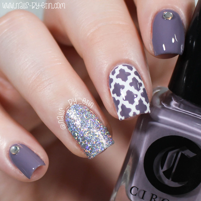 Mauve Quatrefoil Nails nail art by Erin