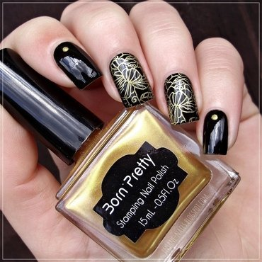 Golden roses nail art by Sanela