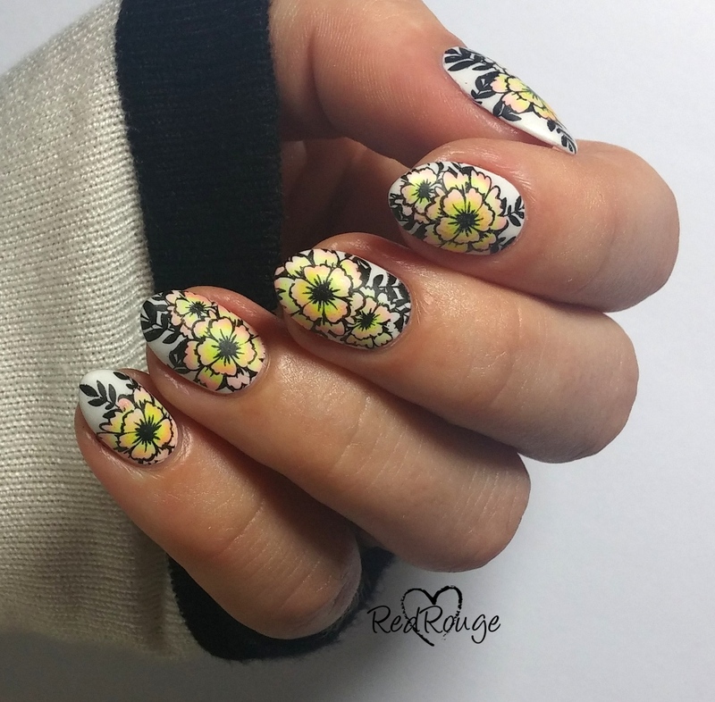 Gradient flowers nail art by RedRouge