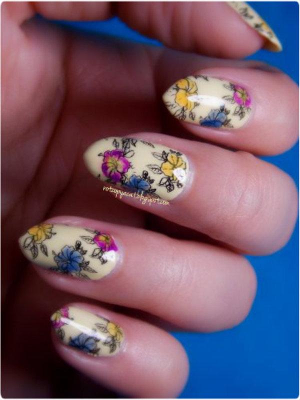 Vintage flowers nail art by notcopyacat